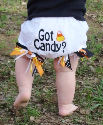 Got Candy - Candy Corn Bow Bloomers