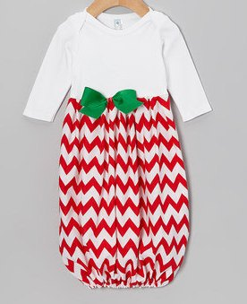 Red & White Chevron with Green Bow Newborn Infant Gown-red, white, chevron, green, bow, newborn, infant, newborn, gown, layette, holiday, Christmas, coming home, hospital, pictures