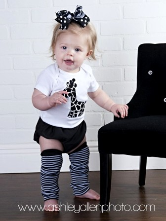 Black & White Giraffe Onesie Leggings Hair Bow Outfit Set