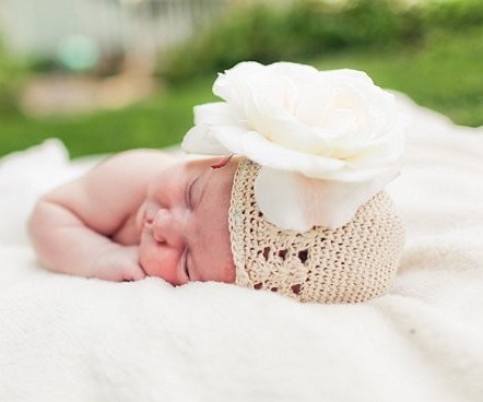 Off White Crochet Peony Flower Hat
