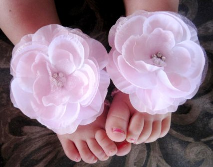Soft Pink Diamond Cluster Flower Barefoot Sandals