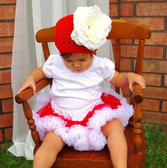 Red & White Crochet Flower Hat