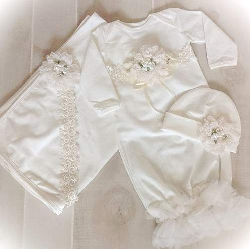 Ivory Lace Couture Newborn Coming Home Outfit