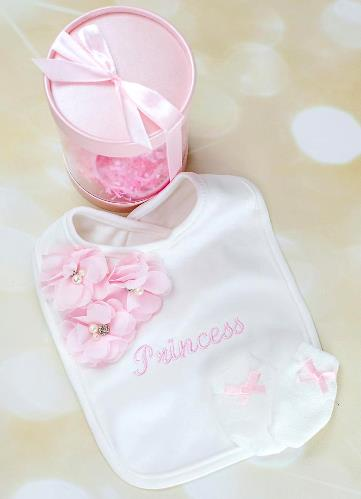 Personalized Newborn Bib & Tiny Mittens Gift Set